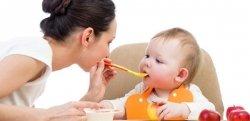 Contratar babá meio período: quanto custa e como registrar?