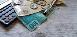 Salário Mínimo Federal fixado em R$ 1.039,00.