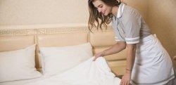 Empregada doméstica que dorme no trabalho: entenda as regras