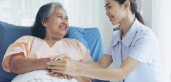 Entenda tudo sobre como contratar cuidador de idosos!
