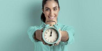 Banco de horas de empregada doméstica: entenda o que pode e o que não pode